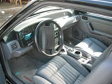 1993 ford mustang in milwaukee wi for sale 23 500. Black Bedroom Furniture Sets. Home Design Ideas
